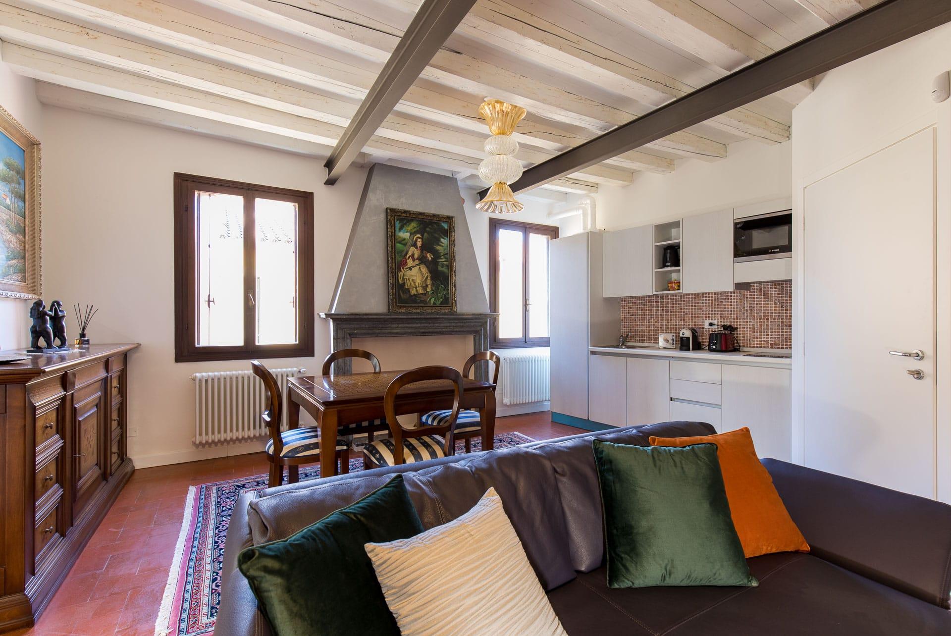 Home residenza vescovado for Appartamenti arredati in affitto a vicenza